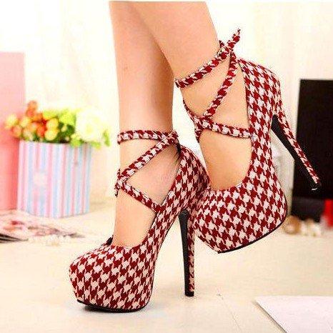 CH2268 Pantofi cu toc si model in carouri – Pantofi Dama – Incaltaminte > Incaltaminte Femei > Pantofi Dama