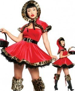G41 Costum tematic Halloween Scufita Rosie - Basme si Legende - Haine > Haine Femei > Costume Tematice > Basme si Legende