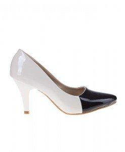 Pantofi stiletto din lac Benedicta - Home > Pantofi -
