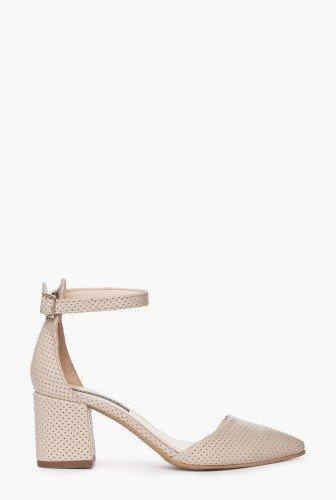 Pantofi nude cu varful ascutit din piele naturala CB066 – Pantofi –