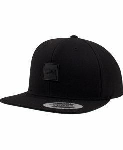 Sepci snapback cu accesoriu piele ecologica negru-negru Urban Classics - Caciuli beanie - Urban Classics>Accesorii>Caciuli beanie