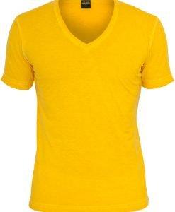 Tricou cu decolteu in V Spray Dye galben Urban Classics - Tricouri urban - Urban Classics>Barbati>Tricouri urban