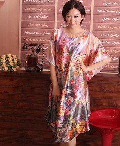 B356-5 Lenjerie desu larg tip kimono cu model floral - Halate - Haine > Haine Femei > Lenjerie intima > Halate