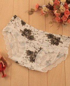 GS711-18 Chilot normal cu model floral si dantela pe margine - Chilot dama - Haine > Haine Femei > Lenjerie intima > Chilot dama