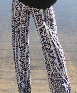 CL436-211 Pantaloni largi de vara cu print tribal model palazzo - Pantaloni Lungi - Haine > Haine Femei > Pantaloni Dama > Pantaloni Lungi