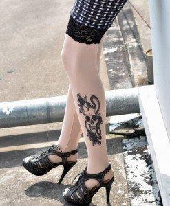 F122 Ciorapi treisfert cu tatuaj - Ciorapi cu tatuaj - Haine > Haine Femei > Ciorapi si manusi > Ciorapi cu tatuaj