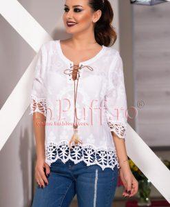 Bluza alba cu model dantelat - BLUZE -