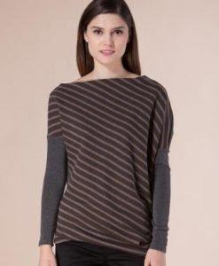 Bluza asimetrica in dungi D2217 - Bluze si topuri -