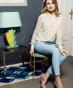 Bluza dama din voal PrettyGirl crem cu imprimeuri grafice - Bluze -