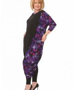 Bluza lunga cu imprimeu floral B010L-M negru - Marimi mari -