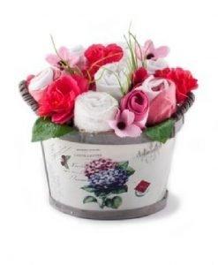 Coșuleț cu flori din hăinuțe pentru fetițe - Produse > Cadouri WoW > Cadouri pentru maternitate/botez -