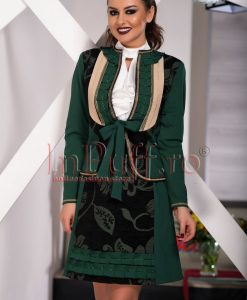 Jacheta verde cu aplicatii - SACOURI -
