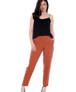 Pantaloni conici caramizii din stofa AM-60415 - Outlet -