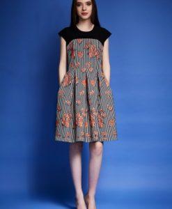 Rochie de zi cu imprimeu in dungi si floral DOINA negru-corai - Rochii de zi -