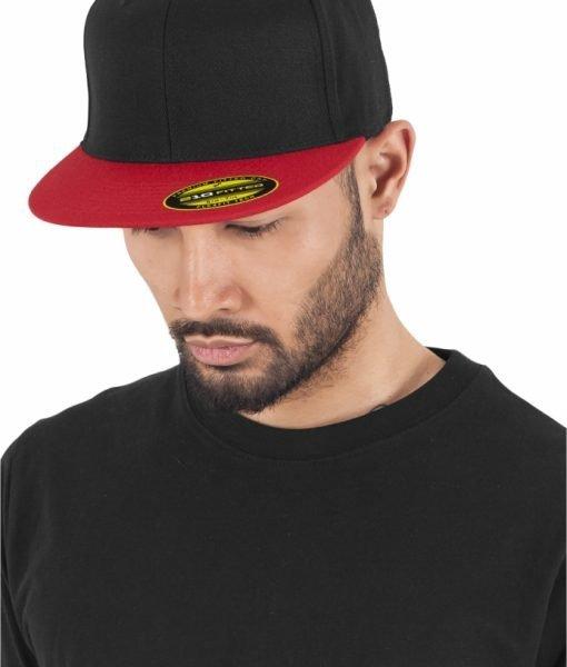 Sepci rap Premium 210 Fitted doua culori negru-rosu Flexfit – Sepci 210 FITTED – Flexfit>Sepci 210 FITTED