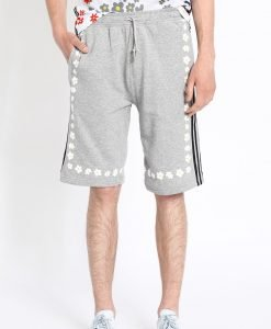 adidas Originals - Pantaloni scurti by Pharrell Williams - Îmbrăcăminte - Pantaloni scurţi